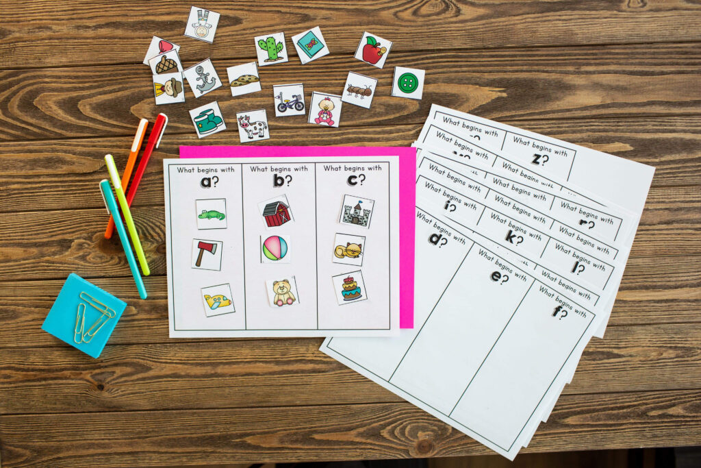 Adding Adding Consonant/Vowel Sounds - Phonics Activities for Students