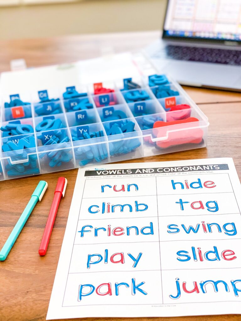 letter tiles to use while spelling words with vowels and consonants being in different colors
